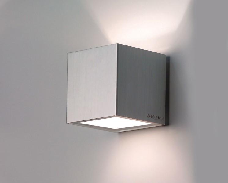 ALEA Wandaufbauleuchte aus Aluminium Up- and Downlight 48W von Molto Luce